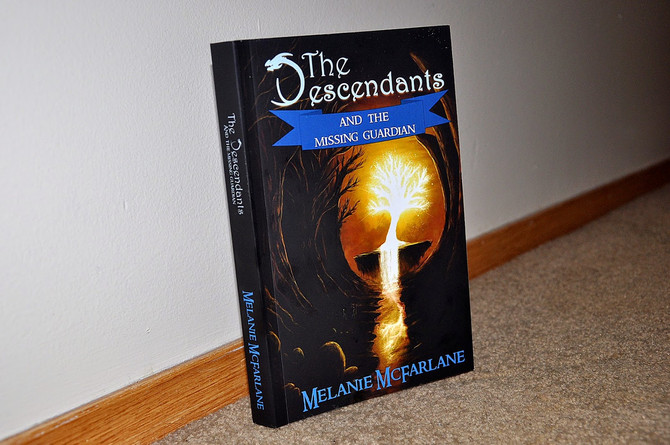 Book Review: The Descendants & the Missing Guardian