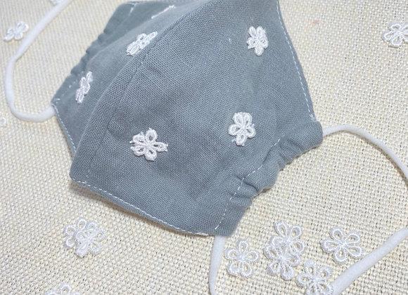 子供用布マスク 白フラワー