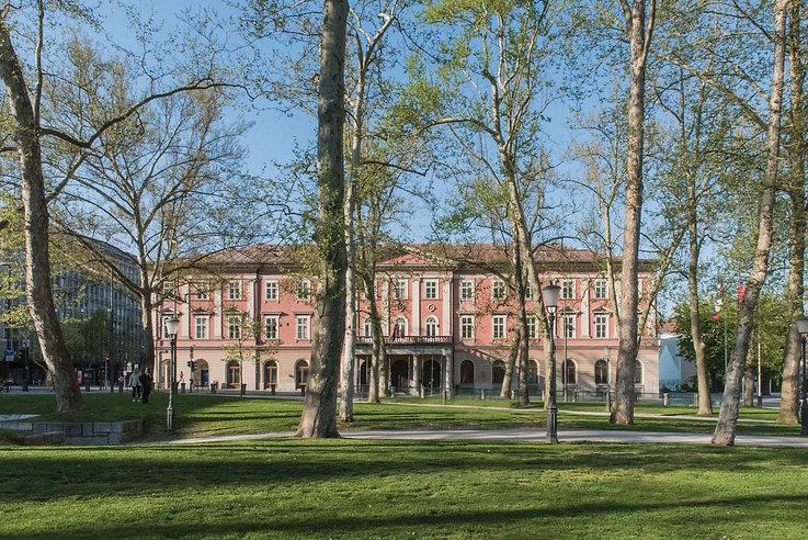 Kazina Palace.jpg