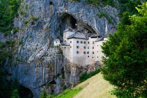 Predjamski grad (Predjama Castle)