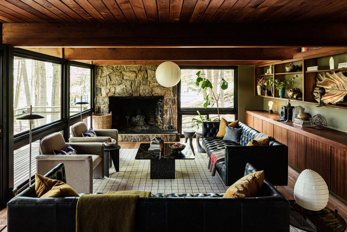 A Timeworn Midcentury in Connecticut Gets a Moody Makeover