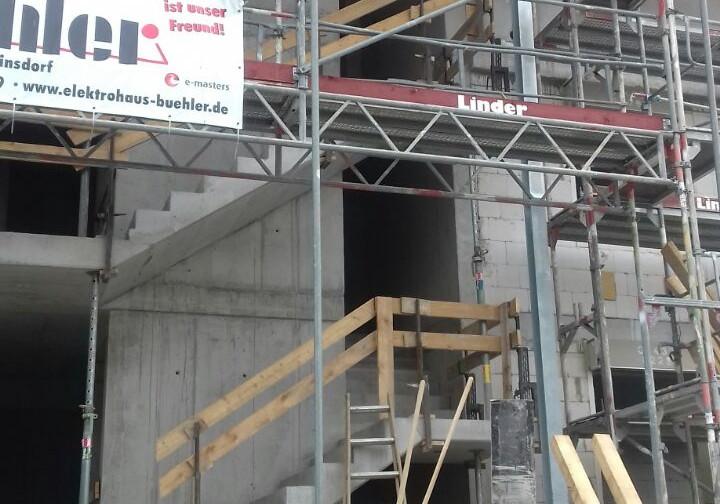 Rogg - Treppenhaus mit Geländer.jpg