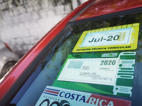 What are the costs of buying and owning a car in Costa Rica?