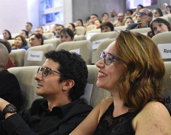 Camilo Domínguez, Coordinador de Posgrados, y Meryan Jiménez, Asistente Administrativa del Iner