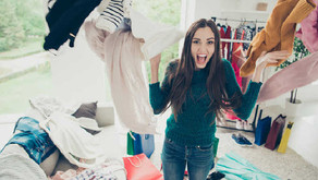 DIY Closet Organization: How to Make Non-Slip Hangers with Yarns