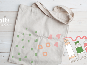 Easy 20-Minutes Hand-Painted Tote Bags (That's Washable!)