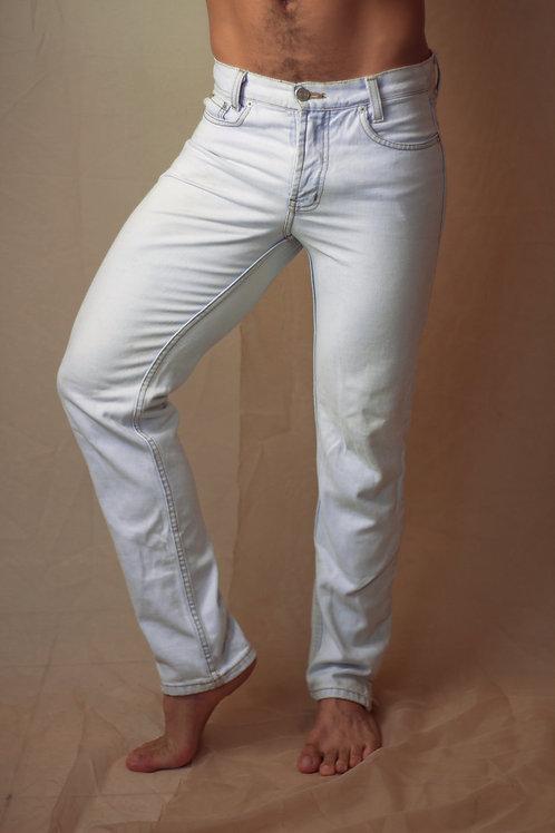 Calça Jeans com lavagem clara
