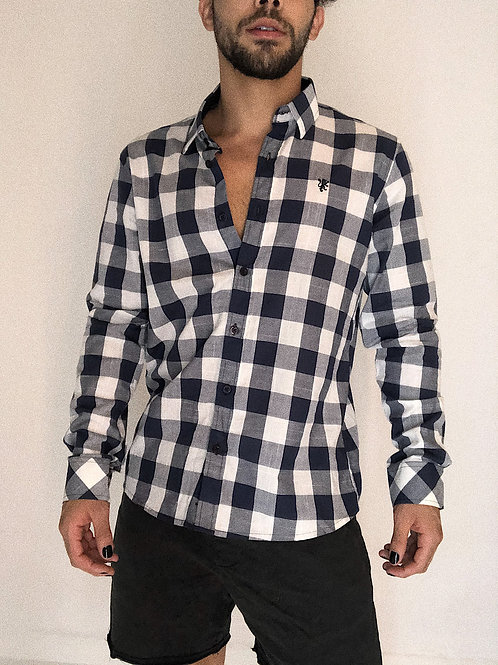 Camisa quadriculada (NOVA)