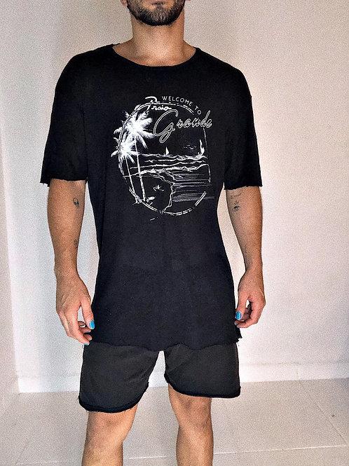 Camiseta Felipe Fanaia de linho