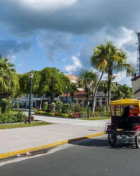Central_Park_Iquitos_Peru.jpg