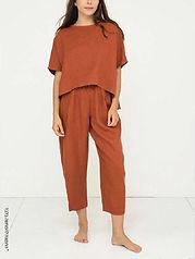 מכנסיים על גומי במראה קליל