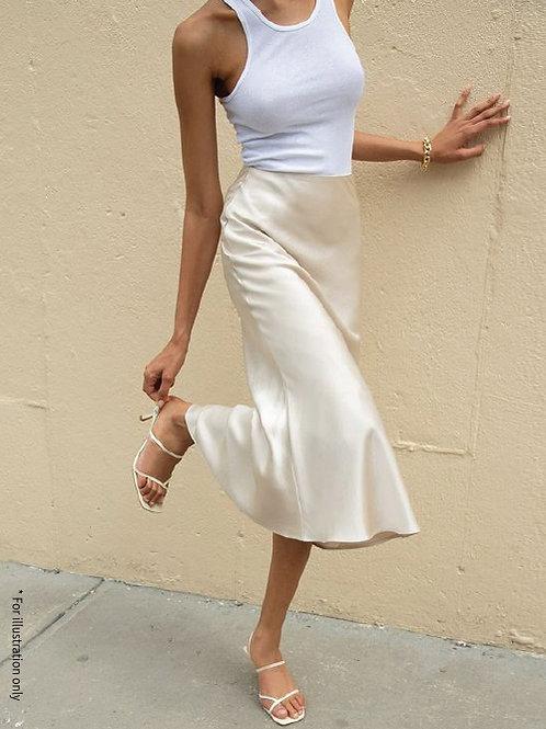 The skirt that hugs the body