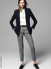 מכנסיים צמודים ומחטבים