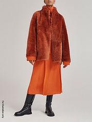 Cuddling coat