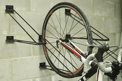 Support à vélo vertical