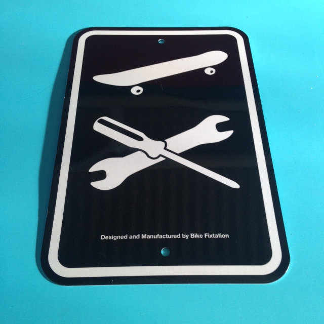 Skateboard Repair Sign