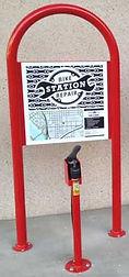 panneau affichage vélo bicyclette borne réparation