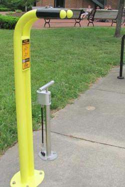 Outdoor Pump with Gauge