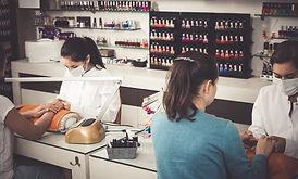 nail bueaty team.jpg