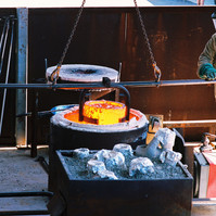 Foundry, pouring