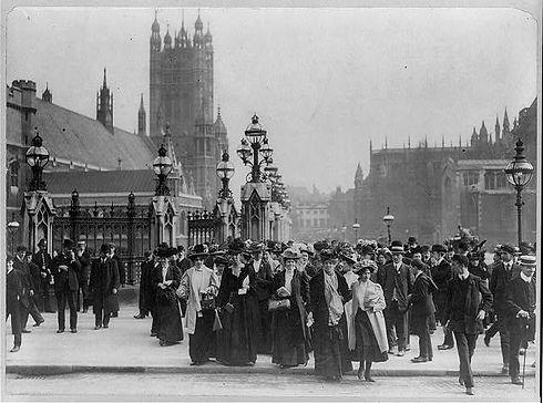 1910 Suffragettes.jpg