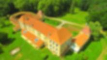 Situé en plein cœur du Gers, le Château de Couloumé vous accueille toute l'année. Véritable havre de paix, il est l'endroit idéal pour de belles vacances en familles, entre amis, en groupes, associations et séminaires d'entreprises. C'est l'endroit parfait pour de belles classes vertes, des séjours en colonies de vacances ou divers séjours enfants à thèmes. Son grand parc de 8 hectare est l'endroit rêvé pour les grands événements (mariages, fêtes d'anniversaires …). Tout près des Pyrénées et de l'Océan, plusieurs activités sont possibles. La richesse de la région permet à chacun de réaliser des vacances à la carte. Accueil, bien-être, gastronomie et bienveillance sauront vous séduire…