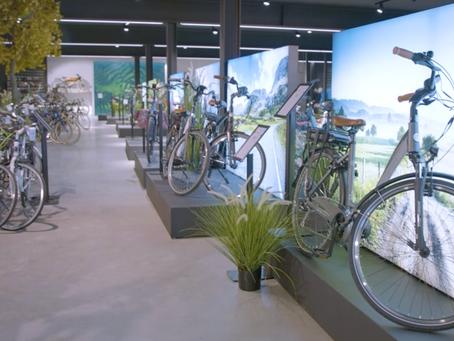 Een gloed nieuwe showroom die je doet wegdromen over zonnige fietstochtjes