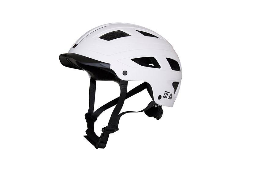 QT helm met ingebouwd licht