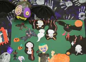 Les bricolages d'Halloween de la garderie.