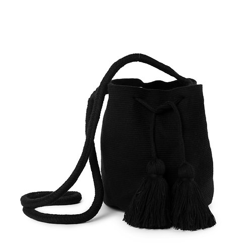 Medium Mochila - Black Unicolor Collection 4