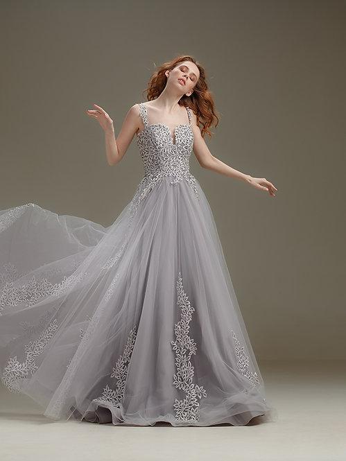 Пепельное свадебное платье Boutique RAI Нижний Новгород