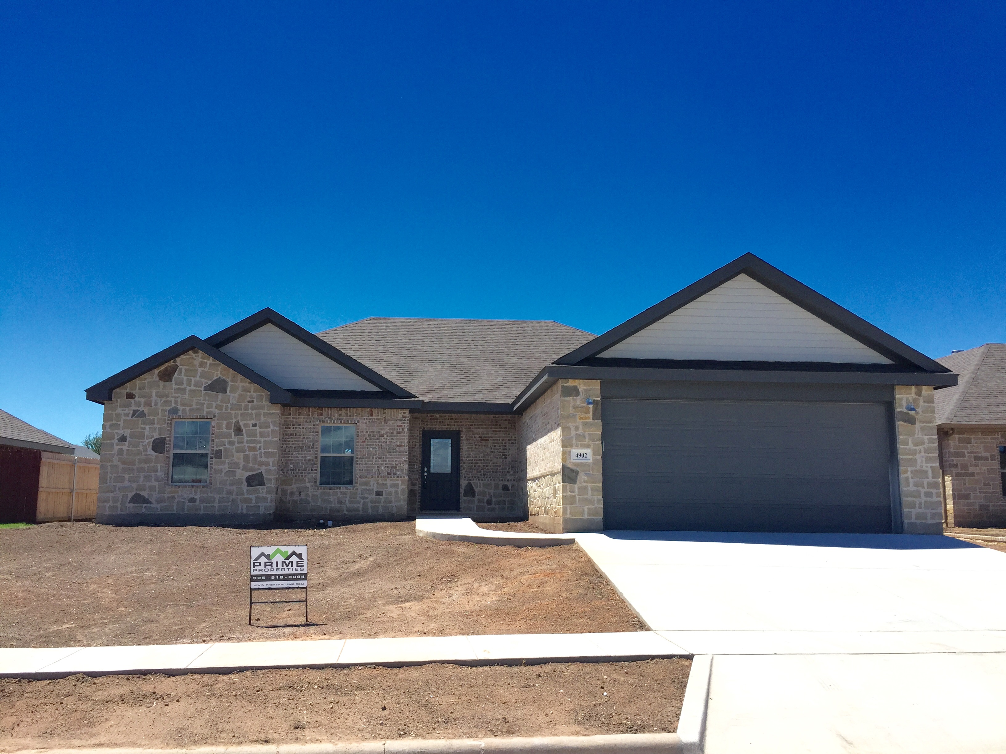 custom home | abilene | rock | brick
