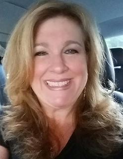 Marilyn Zayfert is the president of illumiNET Digital Marketing, which she founded in 2009