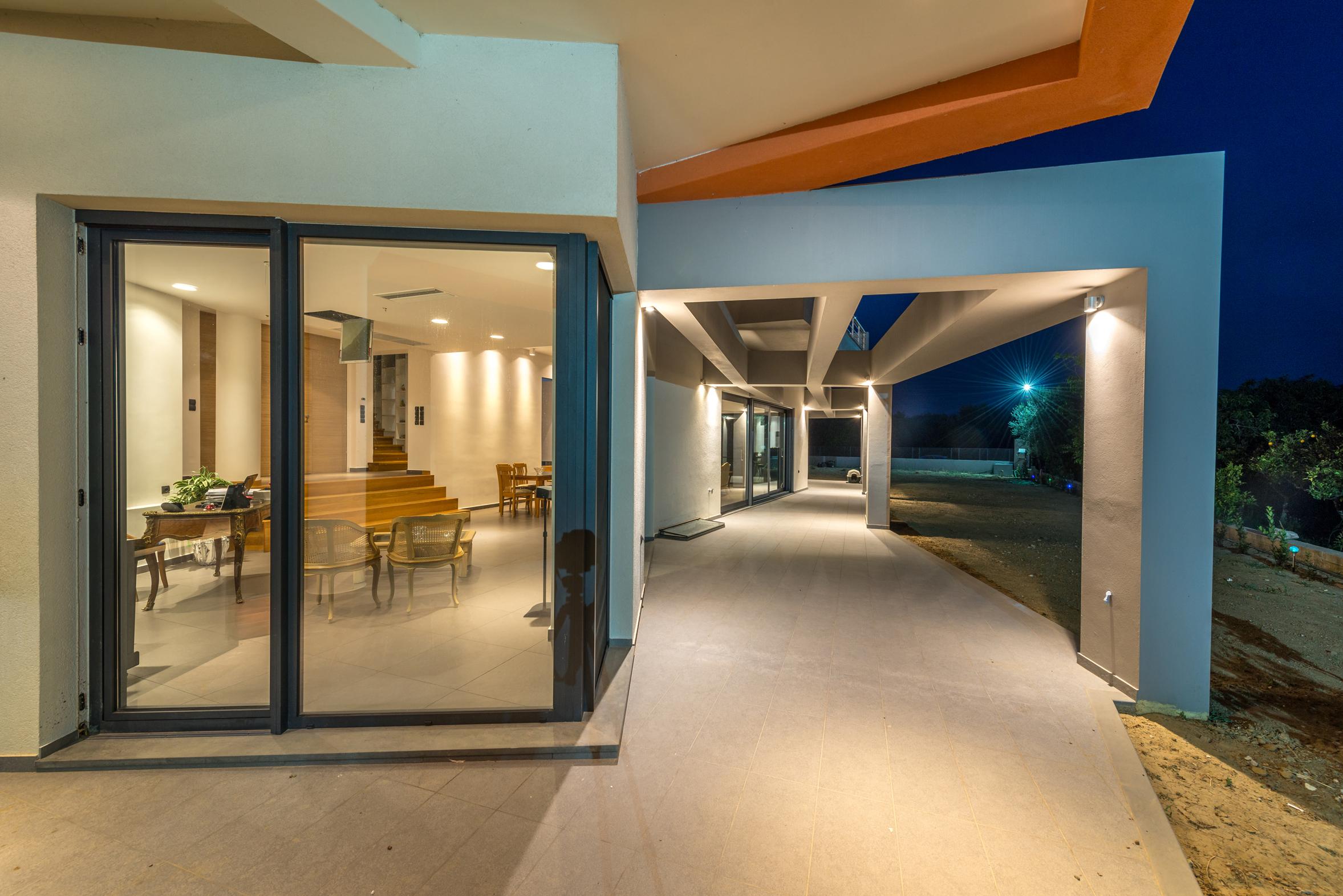 16_ISHouse
