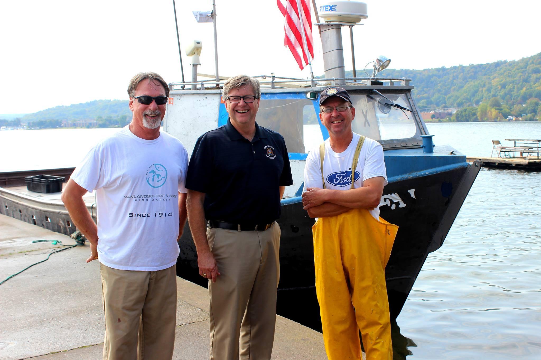 Senator Tom Casperson visits VSI