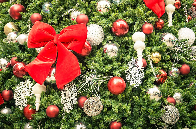detail-of-christmas-tree-decorations-wit