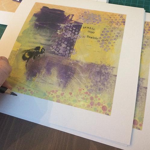'Humble Wee Bumble' Giclee Print (14 x 14 cm)