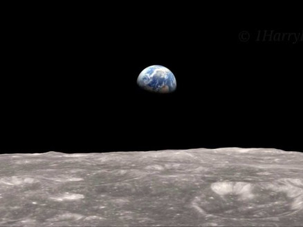 The Apollo Programme - Manned Flight to the Moon