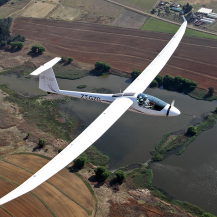 Stemme Twin Voyager S12 – A True Glider with no need for a Tow-plane