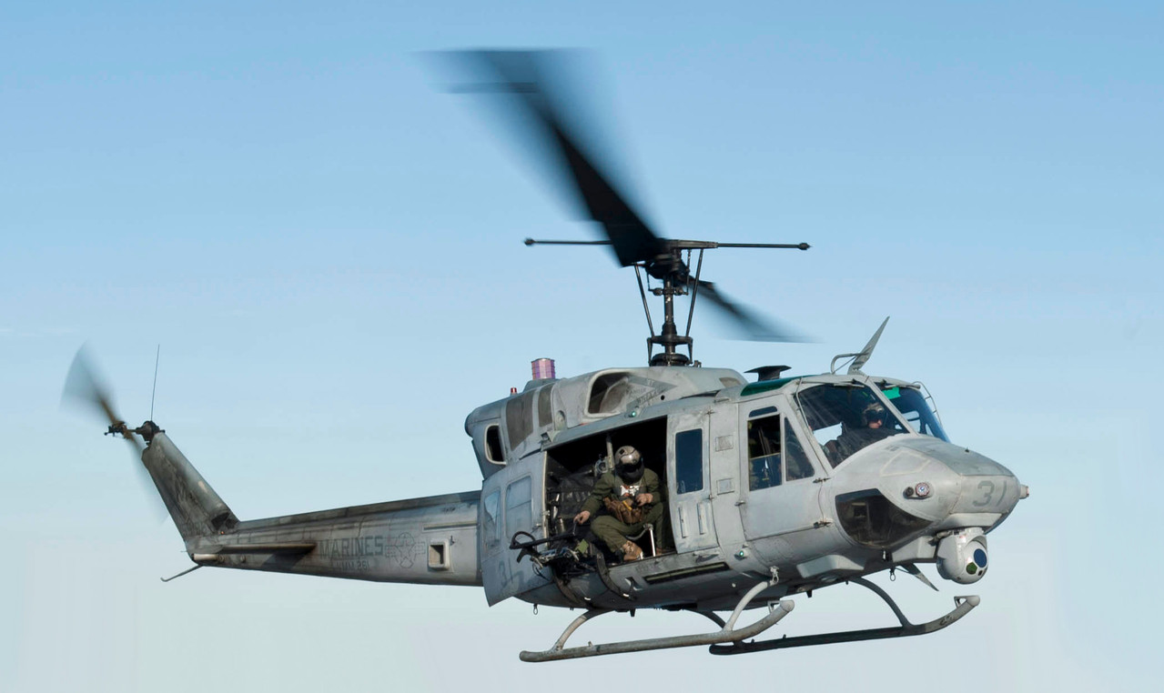120131-N-XK513-120_Sailor_directs_a_UH-1