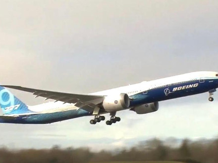 Boeing 777X Takes To The Air for the First Time