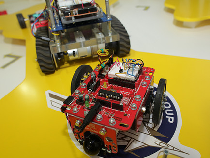 Paramount pioneers Robotics and Engineering learning for South African Air Force youth development