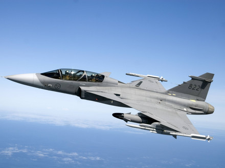 Saab's New Fighter Radar in the Air