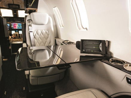 Bombardier Learjet High-Speed 4G Cabin Connectivity