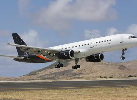 Boeing 757 lands at St Helena