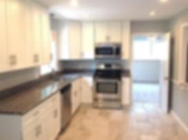 428 kitchen.jpg
