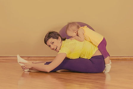 Mother%2520and%2520Toddler%2520Exercise_