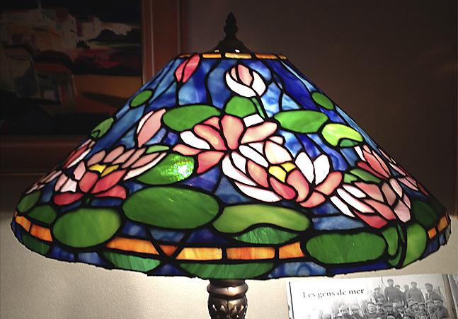 Lampe_(Tiffany_détails_)_par_Gaelle