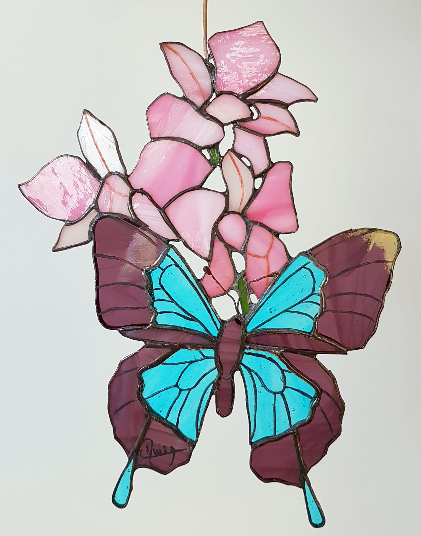Papillon et Fleurs ( Tiffany 24 x 18 ) p