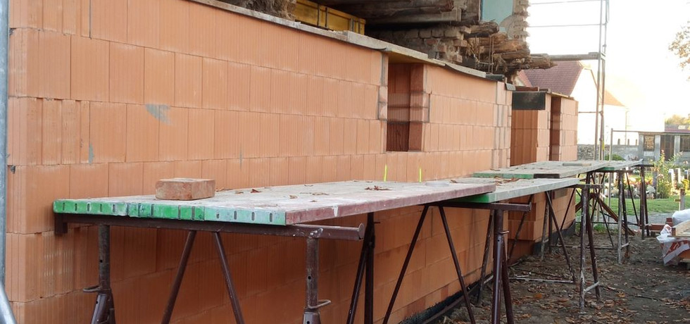 Neuaufbau der Westmauer 1
